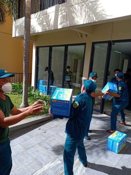 Bidrico đồng hành cùng các nhóm thiền nguyện gửi nước chanh muối Restore đến bệnh viện dã chiến số 3, số 8 TP.Thủ Đức